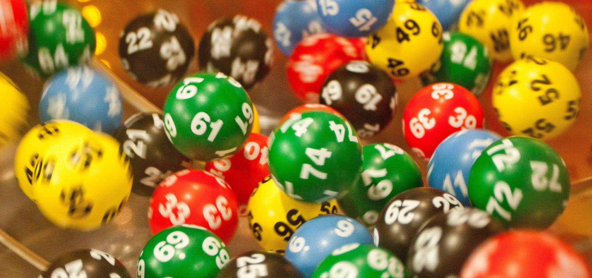 O zodíaco tem grande influência na sua sorte.Veja abaixo as nossas sugestões de números da sorte de cada signo para jogar na loteria.
