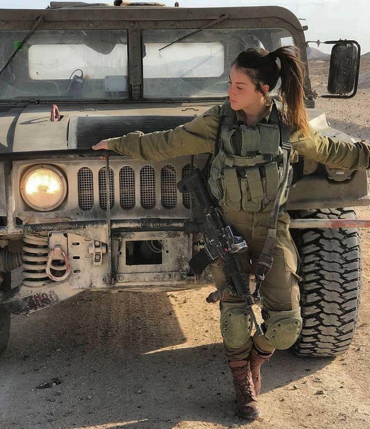 Soldat Mädchen in 2020 | Frauen im militär, Soldat, Frau