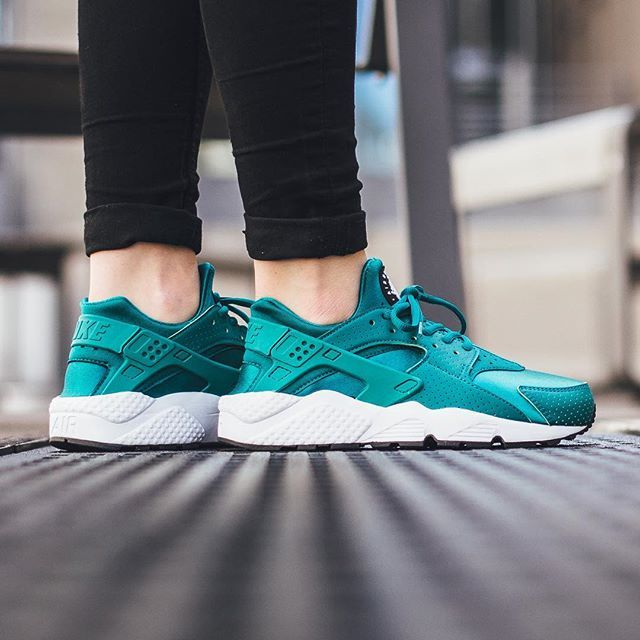 finest selection 2b173 956af Nike Wmns Air Huarache Run - Rio Teal Rio Teal available now in-store and  online  titoloshop Berne   Zurich