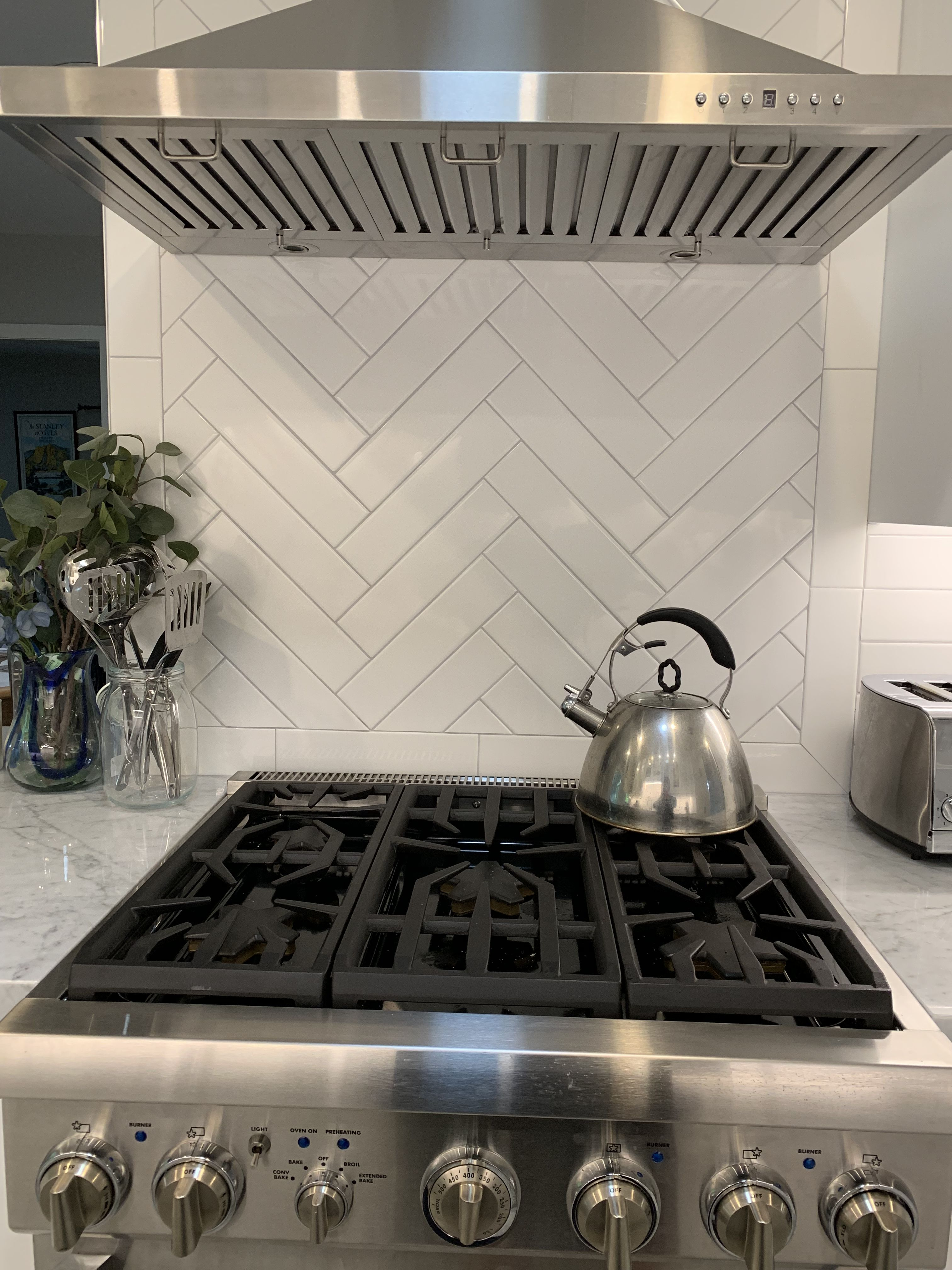 Best White Long Subway Tile With Light Gray Grout 400 x 300