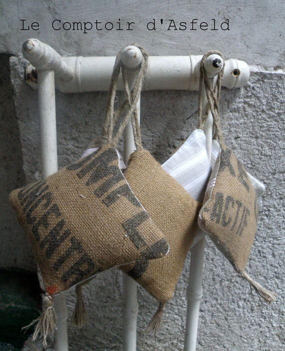 pampille sac de grain et toile à matelas ( 1)