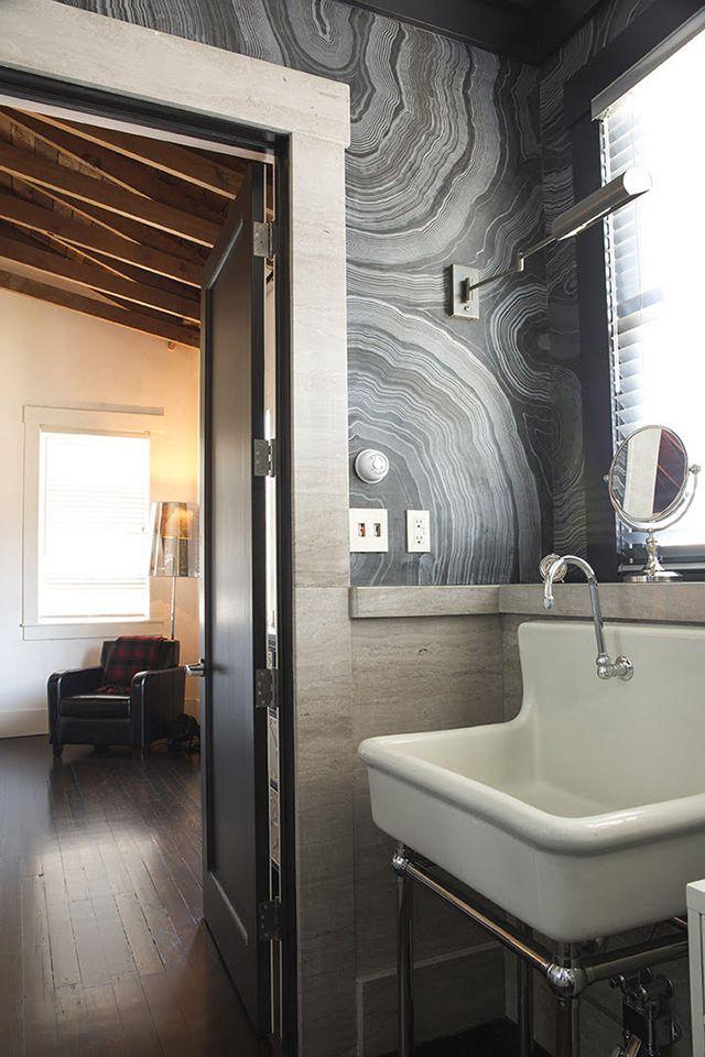 Agate design on wall with modern masters venetian plaster for Venetian plaster bathroom ideas