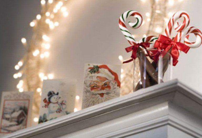 27 Inspiring Christmas Fireplace Mantel Decoration Ideas DigsDigs - christmas fireplace decor