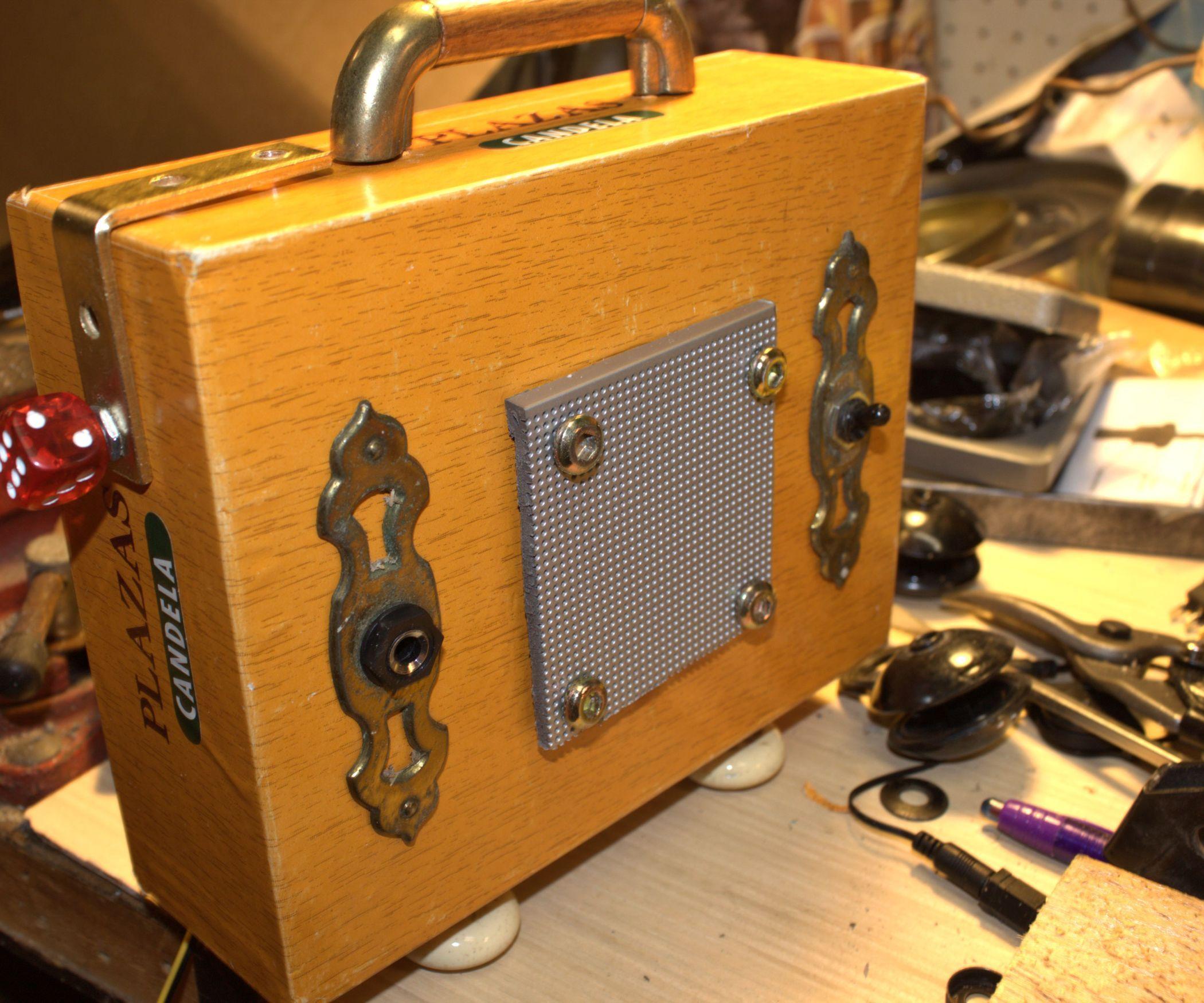 make your own cigar box guitar mp3 player amplifier cigar box guitar cigar boxes and mp3 player. Black Bedroom Furniture Sets. Home Design Ideas