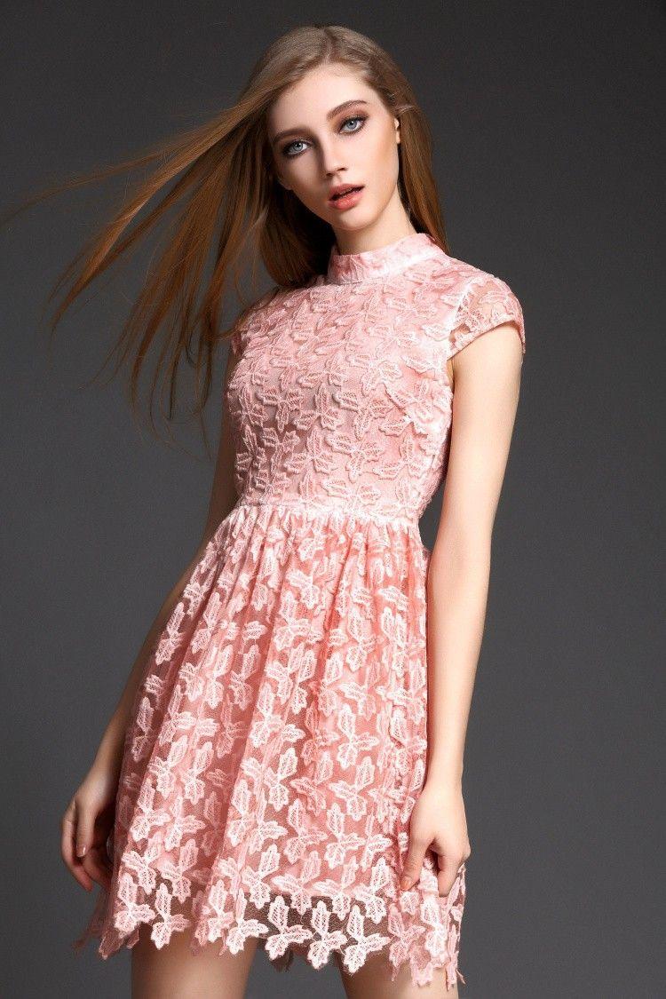 Cocktailkleid / Kurzes Blümchen Kleid in Rosa | firmung | Pinterest