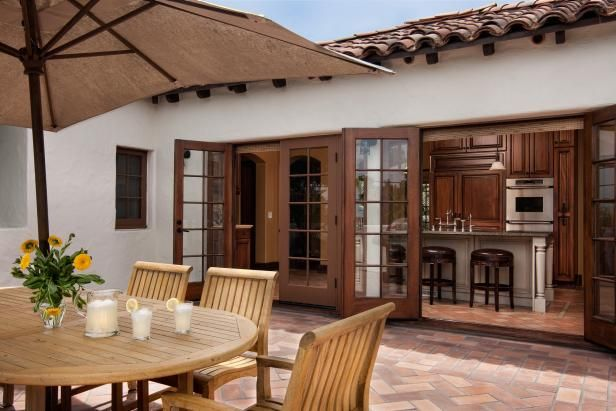 Spanish Colonial Revival fers Space for Year Round Entertaining