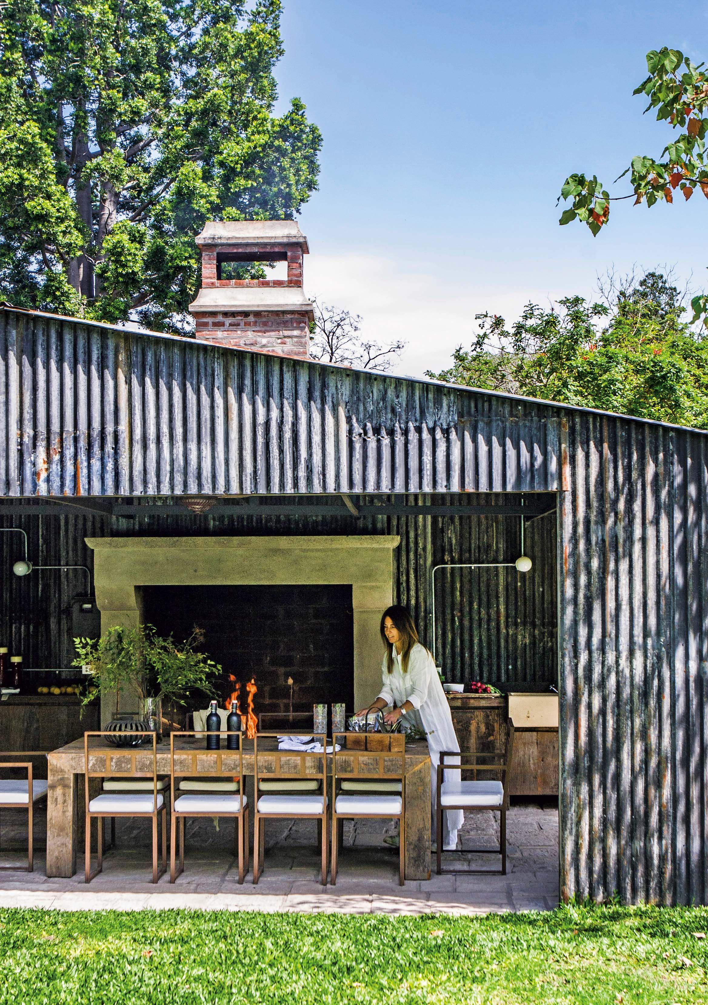 Pin en vamos afuera for Casa moderna quincho