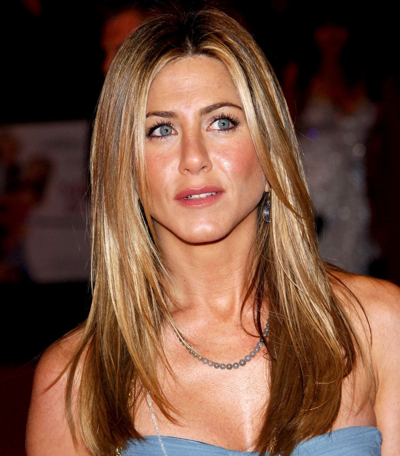 Medium straight hairstyle jennifer aniston a womanus hair is her