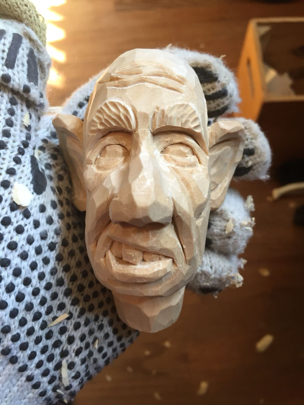 Caricature carving head by shawn passman carvings