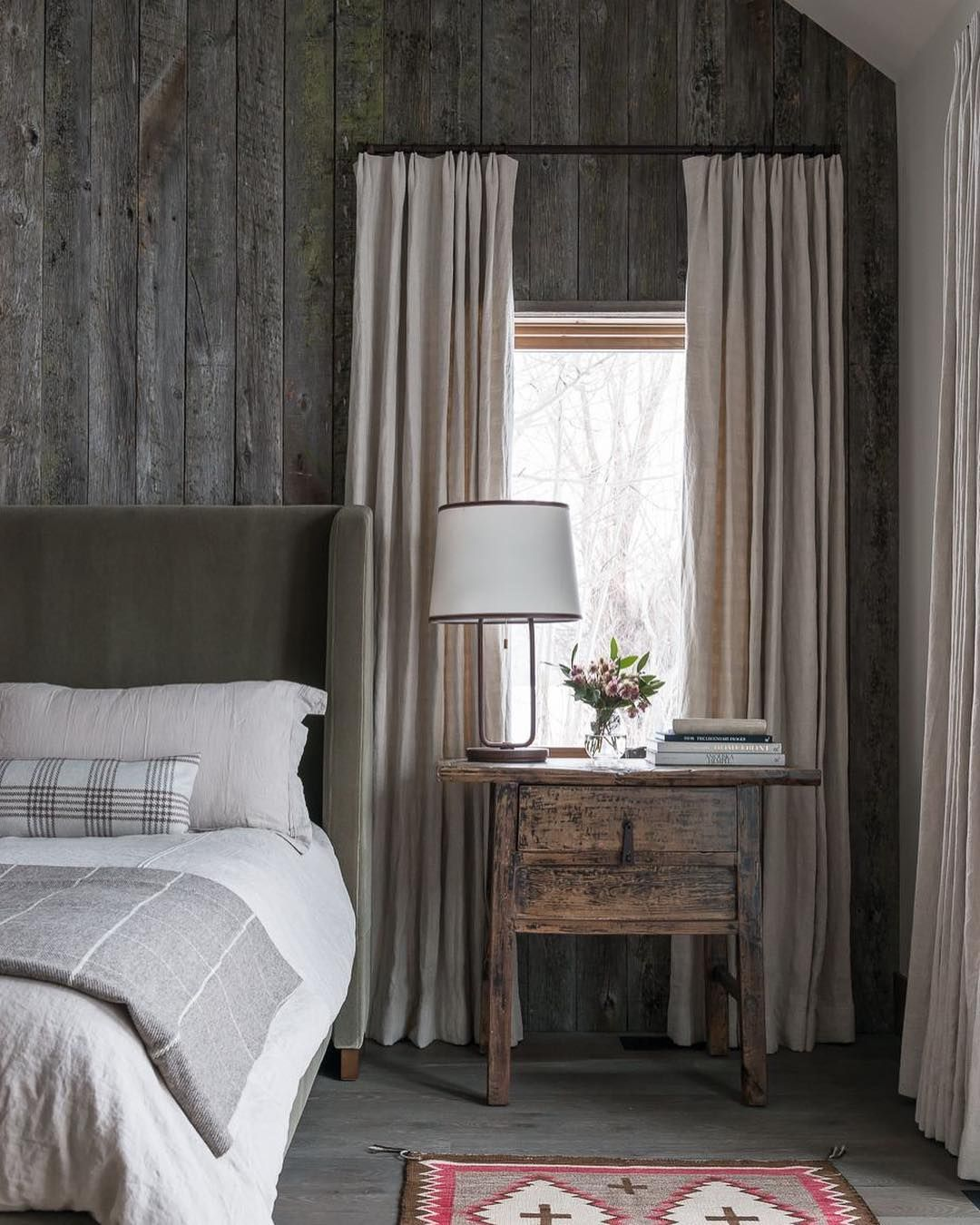 Cosy Bedroom Ideas For A Restful Retreat: This Cozy Bedroom Mixes A Modern, Luxuriously Upholstery