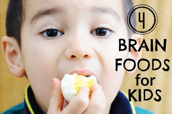 These four nutrient-packed foods will help their growing brains and bodies. (via Parents.com) #brain #food #kids
