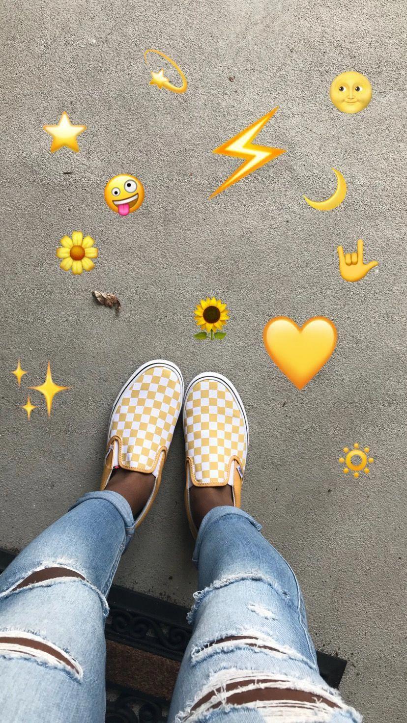 vans amarillas cuadros
