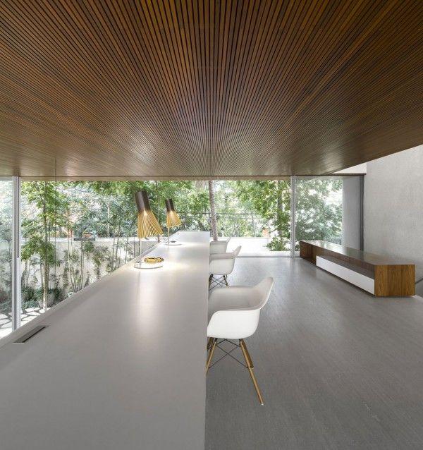 Tetris House: A Creatively Organized Modern Brazilian Home