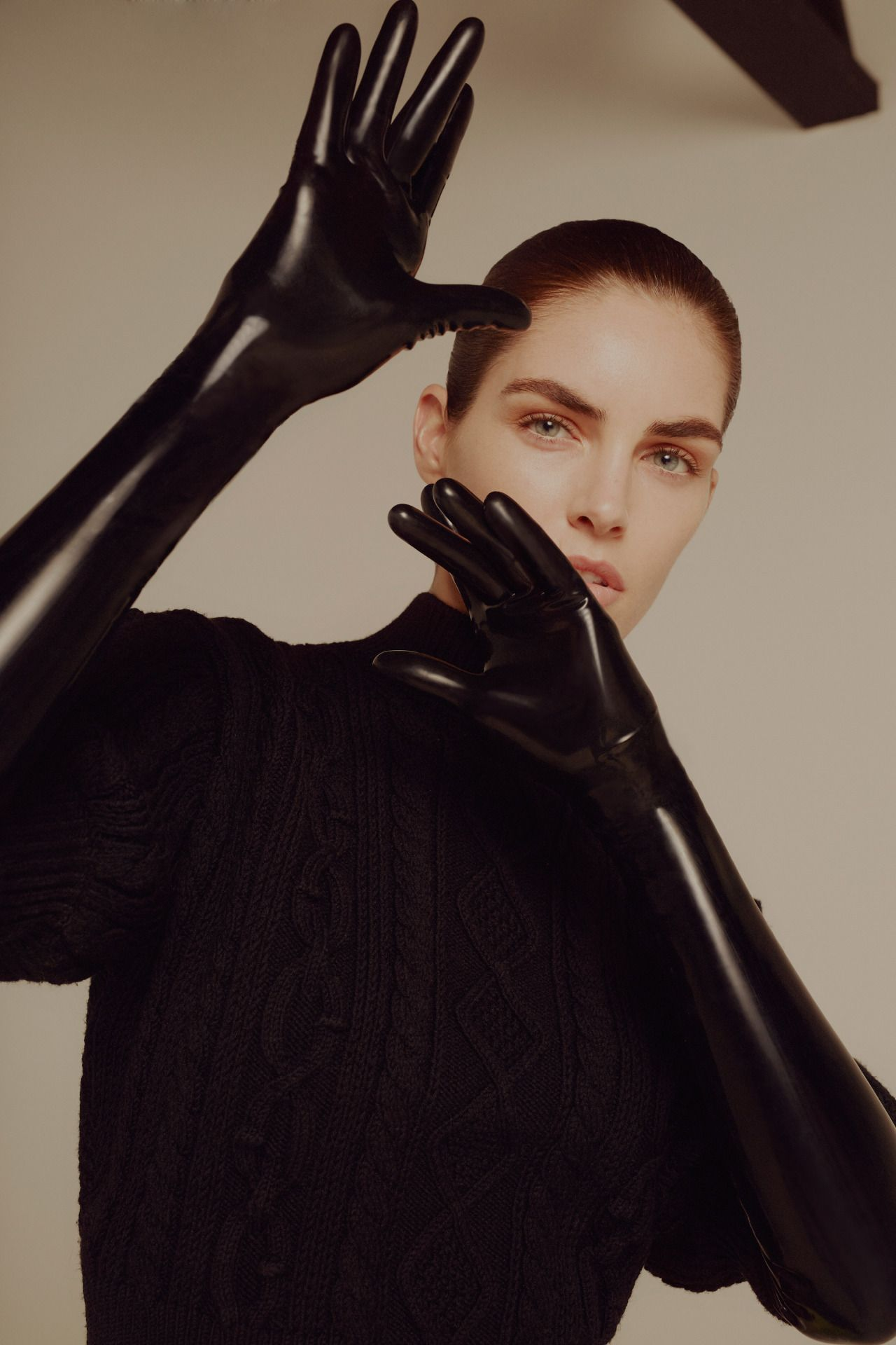Hilary Rhoda USA 	2 	2012-2013