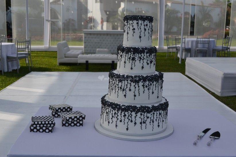 5 tradiciones para la torta de novios