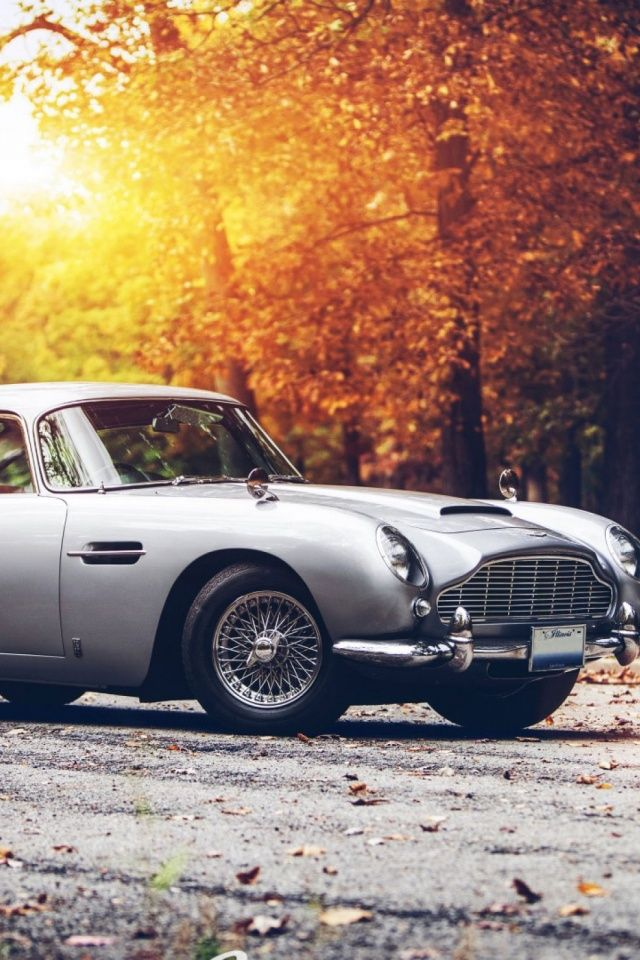 Vintage Car Hd Mobile Wallpaper Mobiles Wall Aston Martin Car