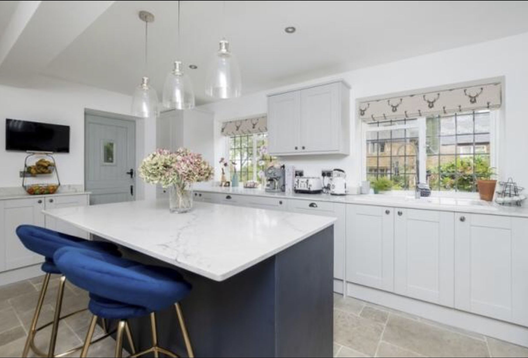 22+ Dove grey kitchen with white worktop ideas in 2021