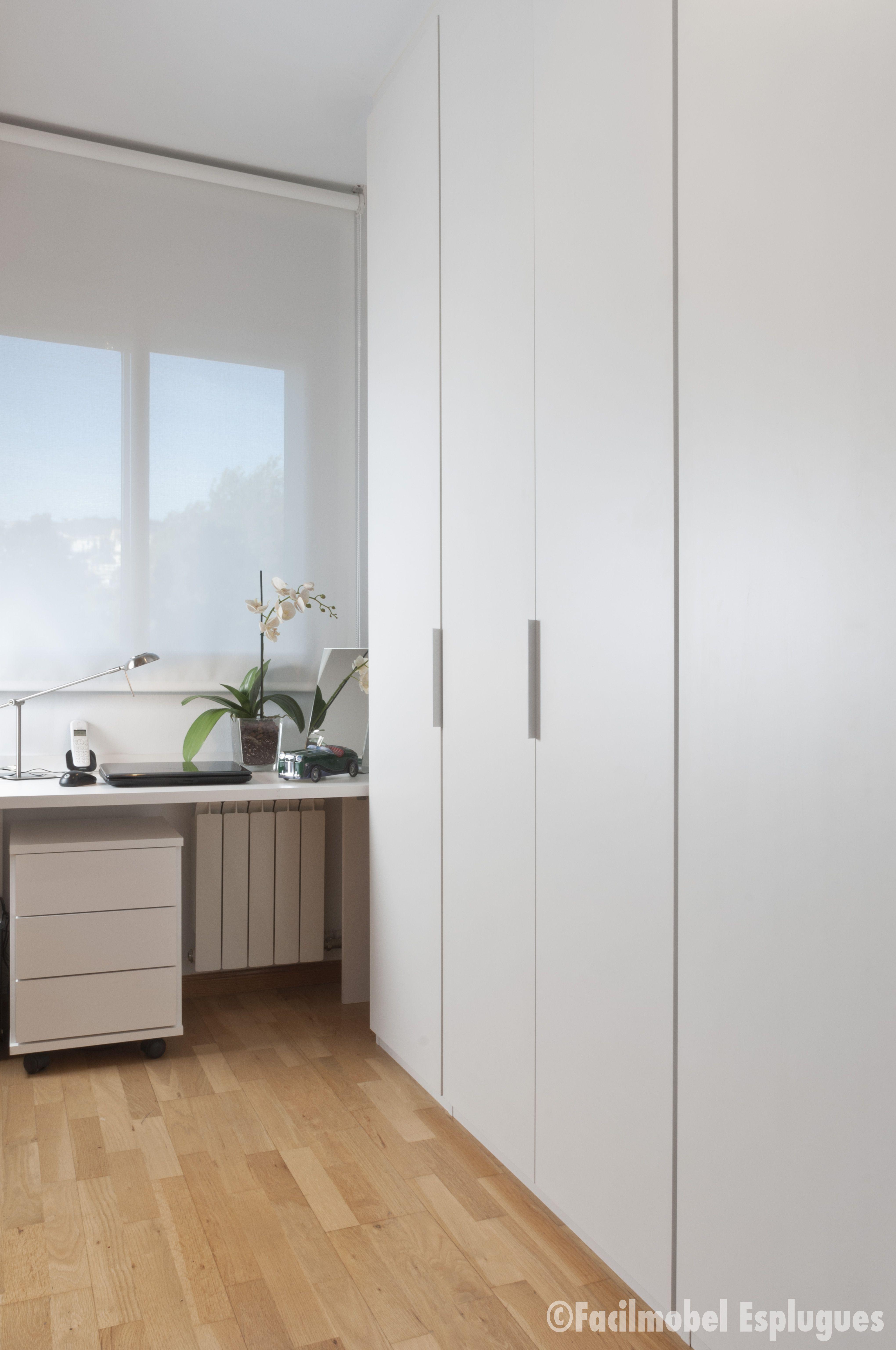 Vestidor Lacado Blanco Mate Dise Ado A Medida Integrado A Un  ~ Vestidores En Habitaciones Pequeñas