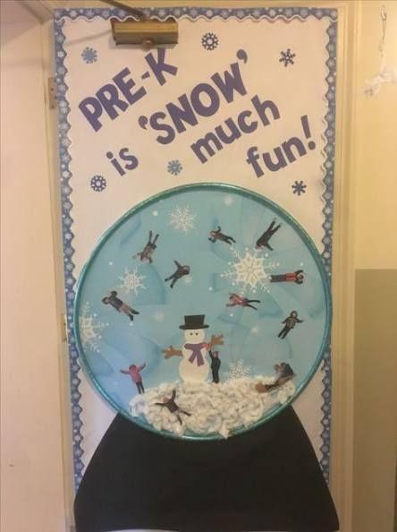 Idées de décoration de porte tendance janvier globes de neige de salle de classe - - -