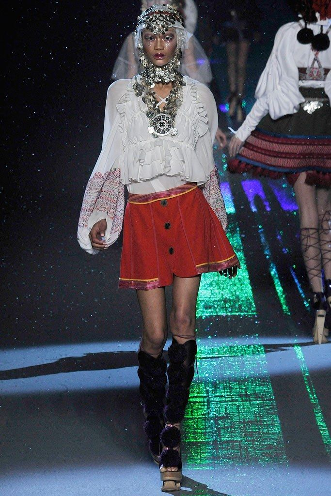 John Galliano Fall 2009 Ready-to-Wear Fashion Show - Chanel Iman