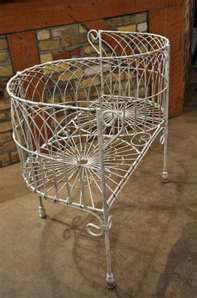 Marvelous Victorian Garden Lovers Bench So Cute And Perfect For Evergreenethics Interior Chair Design Evergreenethicsorg