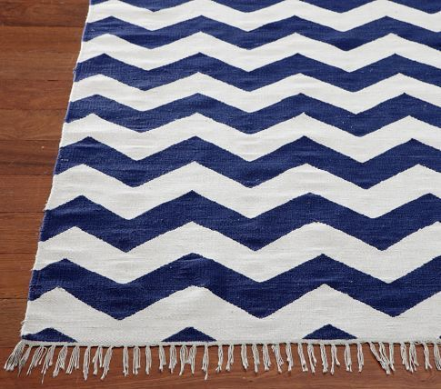 Pottery Barn Kids Chevron Rug In Navy Love This For Upstairs Bedroom Chevron Rugs Baby Room Rugs Blue And White Rug