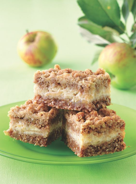 Easy Apple Bars with a sweet, creamy apple filling layered between a crunchy oat crust and topping.