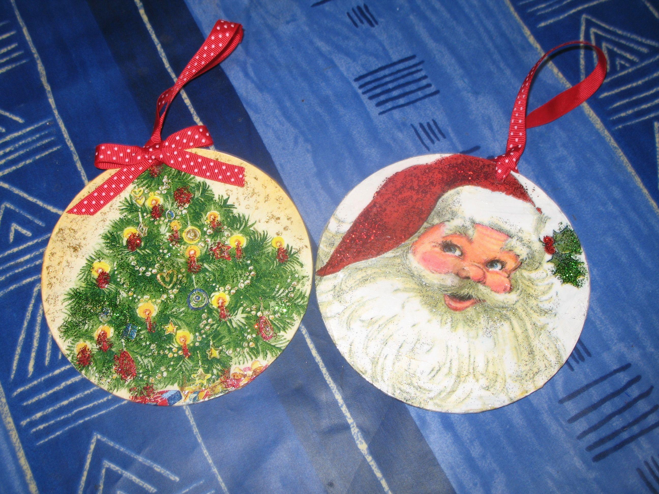 Lavoretti Di Natale Scuola Primaria Decoupage.Pin Su Old Cds Recycling