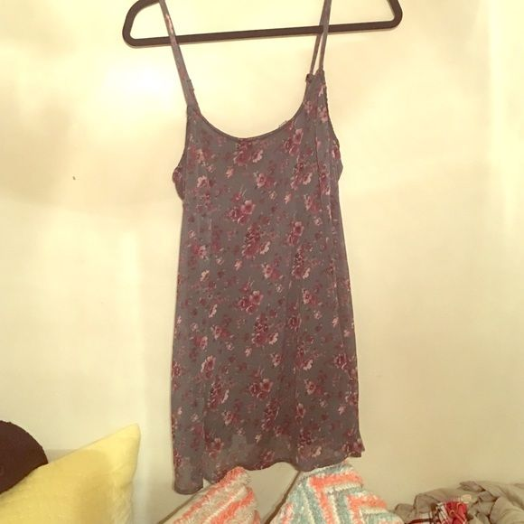 Brandy Melville Dress Floral Brandy Melville dress with black lining. Brandy Melville Dresses Mini