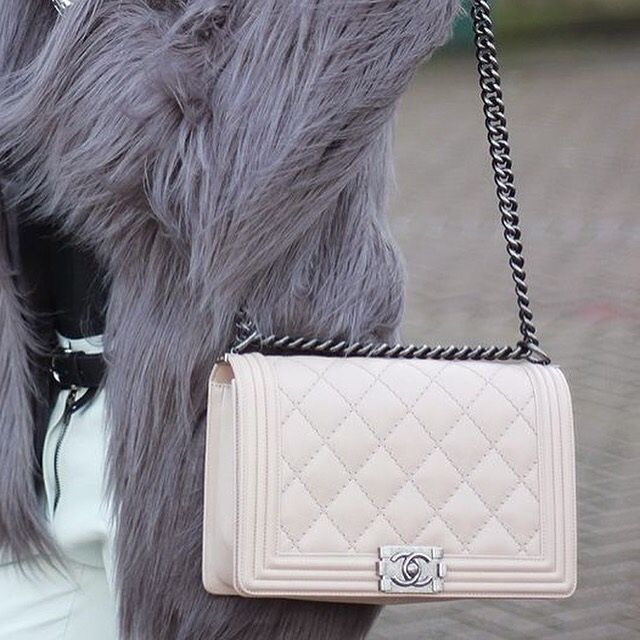 764c61136a cream nude chanel boy shoulder bag large | It's All About Bags ...