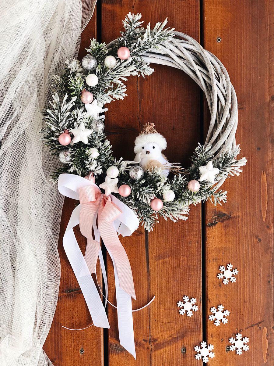 Wianek Swiateczny Na Drzwi Christmas Wreaths Holiday Decor Grapevine Wreath