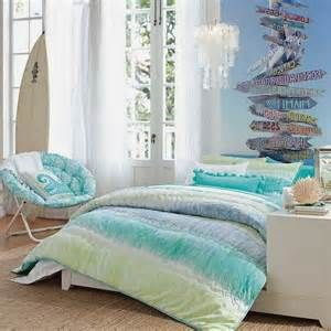 Teenage Girls Bedroom Beach Theme | abbeys room ideas | Pinterest ...