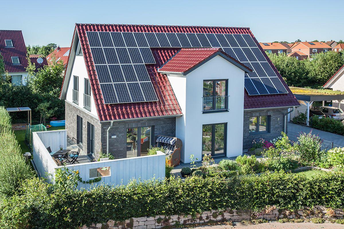 Unser massives, individuell nach norddeutschem Design angefertigtes ...