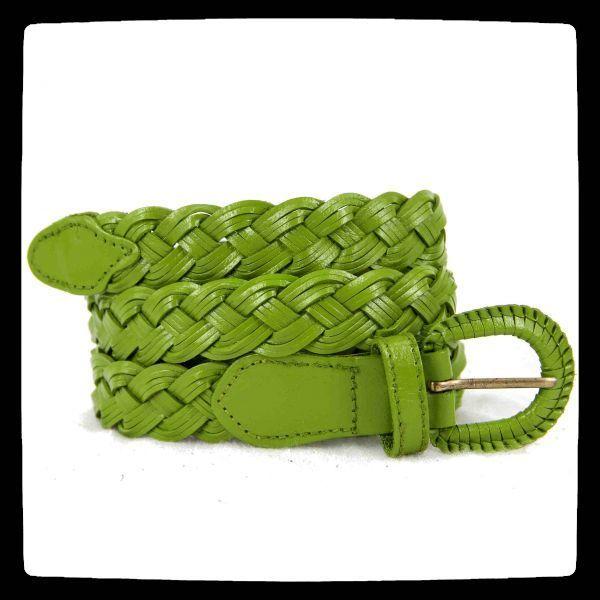 b3e9416df79 Intemporelle la ceinture verte femme et homme en cuir véritable naturel et  artisanale. Accessoire mode