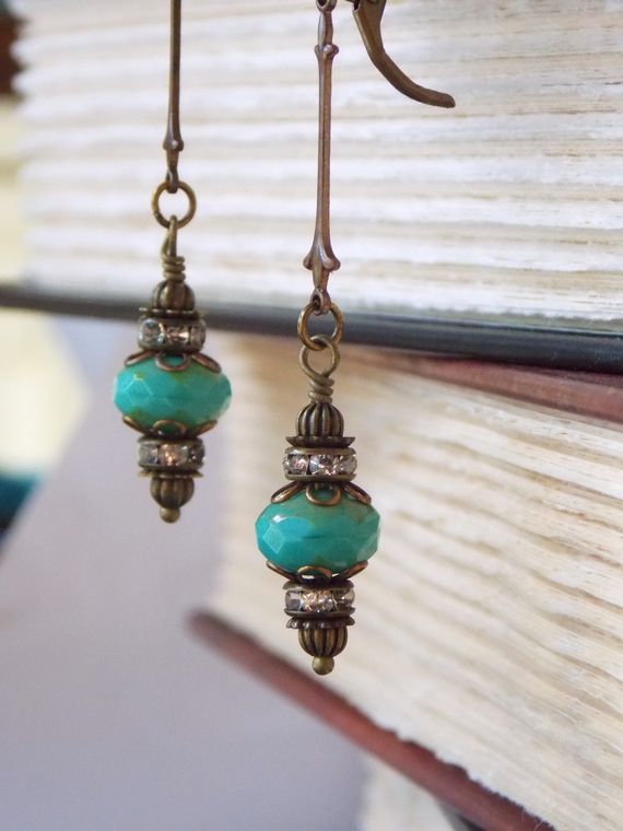 Gorgeous Long Dangle Earrings Inspired By The Victorian