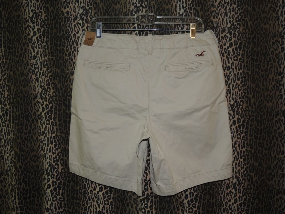 Hollister Men's Bay Shore Button Fly Beige Khakis Chinos Shorts Size 32 NWT #Hollister #KhakisChinos