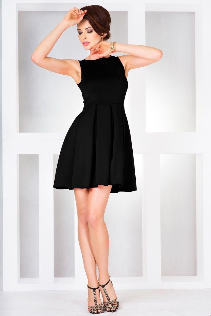 https://galeriaeuropa.eu/sukienki-wieczorowe/300039911-sukienka-model-26-2-black