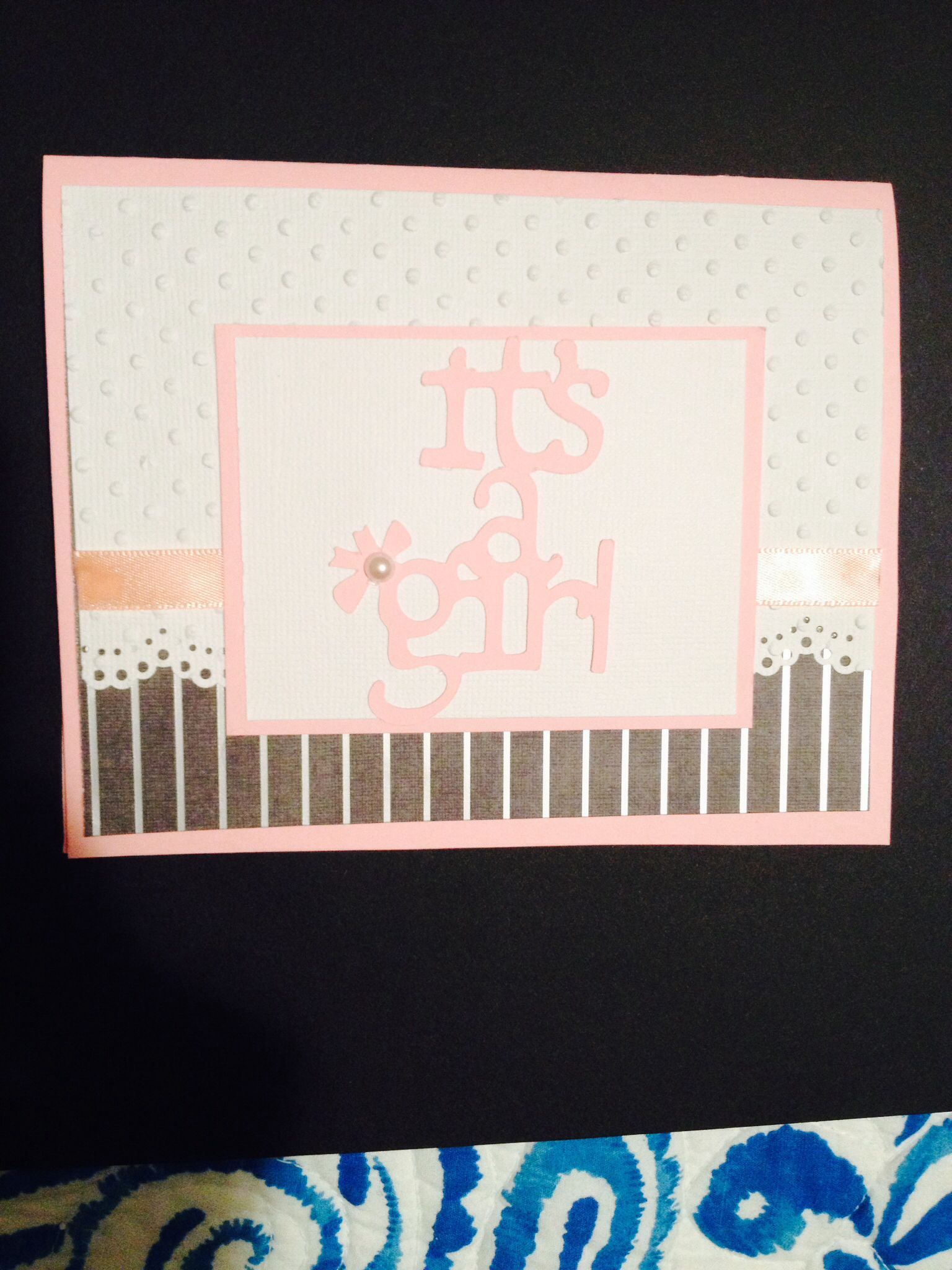 Baby shower card. Cricut beyond birthdays. Martha Stewart Doiley lace edge cutter. Polka dot embossing folder