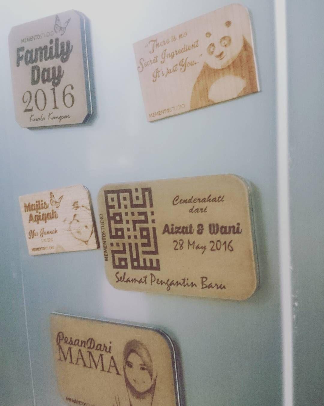 Memento Studio On Instagram Custom Fridge Magnet Tempahan Untuk Semua Jenis Acara Doorgiftcustom Custom Fridge Magnets Fridge Magnets Custom Wooden Boxes