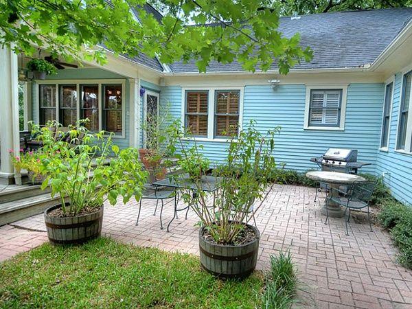backyard courtyards - Google Search | Patio, Backyard ...