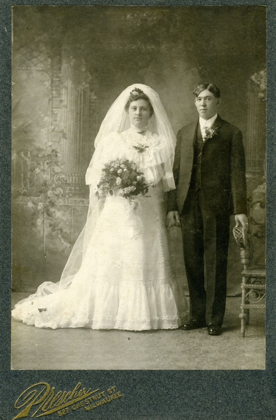 Vestiti Da Sposa 1900.1900 Wedding Photo Of Bride And Groom Vintage Wedding Photos
