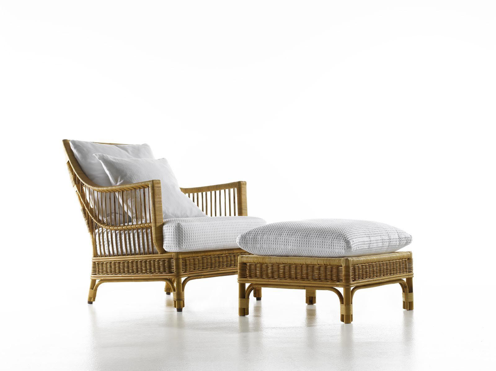Classic Chair Rattan With Footstools Talide By Renzo