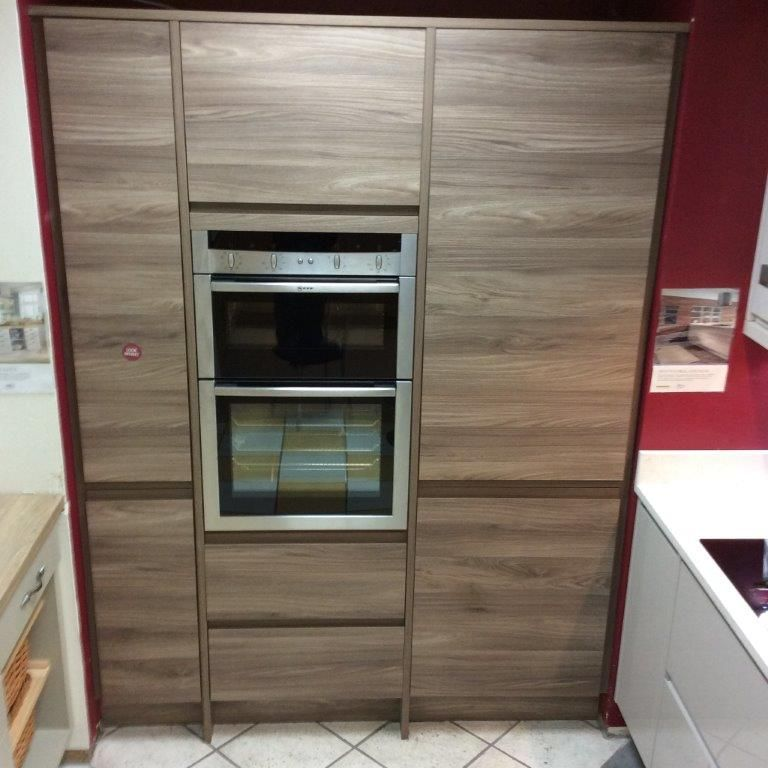 Jewson STUDIO Avanti Handleless Kitchen Units at our ...