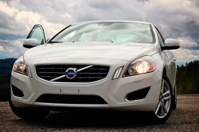 All Wheel Drive For The Masses 2013 Volvo S60 T5 Sedan Volvo S60 Volvo Volvo S60 T5