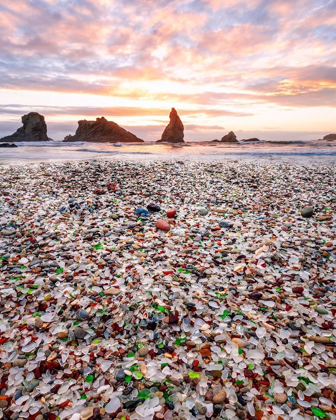 Cnn Travel On Instagram This Might Be The Most Beautiful Garbage Dump In The World Glass Beach California Beautiful Places In California Places In California
