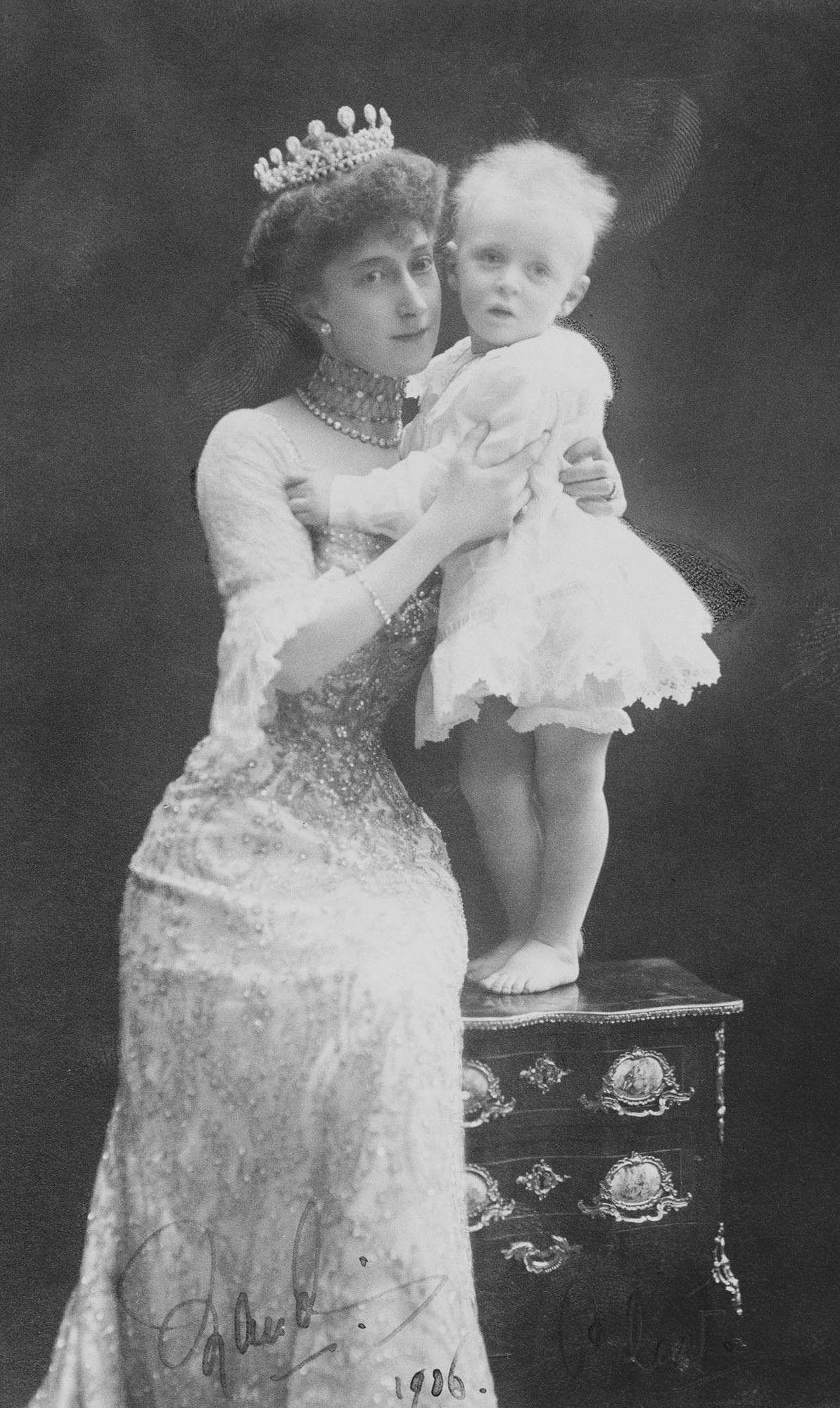 Фотосессия Мод Великобританской in 2020 Royal queen