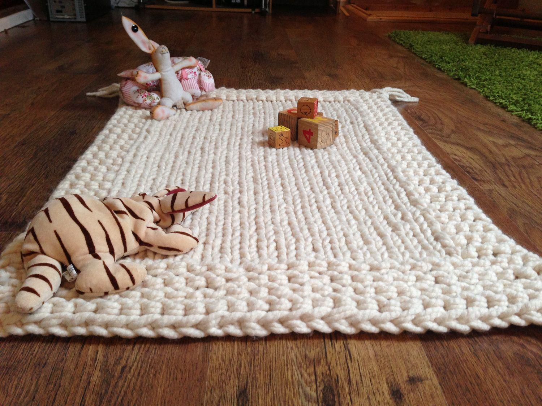 Finger Knitting Blanket : Chunky cream hand knitted babies blanket play mat