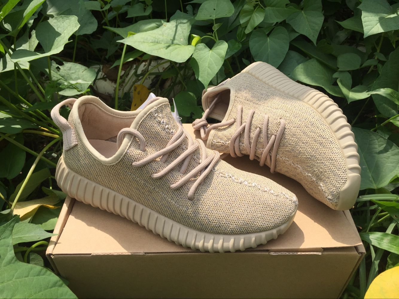 fdbbe1a9d2fa YEEZY BOOST 350