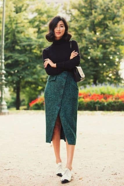 How To Create The Perfect Outfit With The Biggest Fashion Trend This Fall- Tweed
