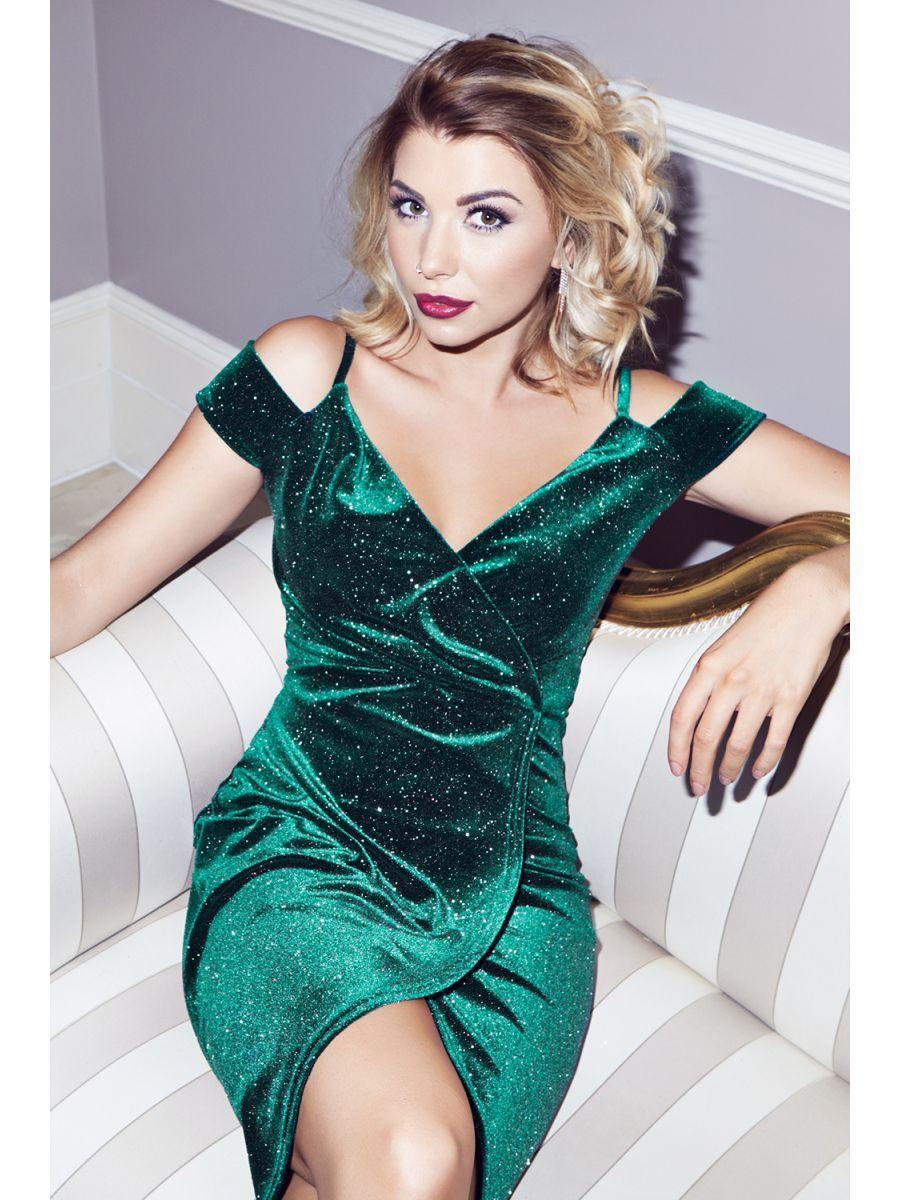 Crushing on Love Island\'s Olivia Buckland\'s Green Velvet Glitter ...